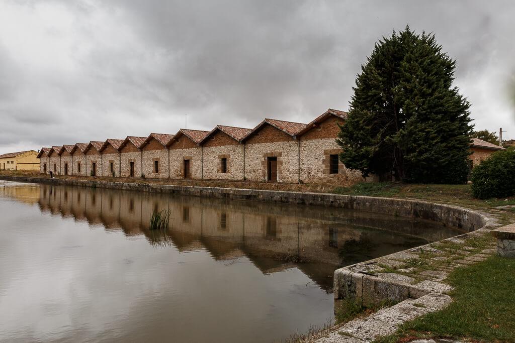Darsenal del Canal de Castilla en Alar del Rey