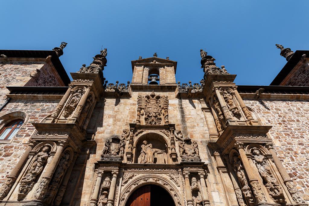 imagen de la fachada universidad de oñati